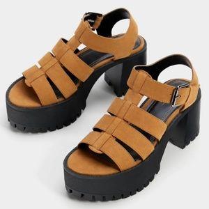 NWT Bershka Ankle Strap Platform Sandal